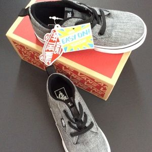 Vans shoes size 10 boys